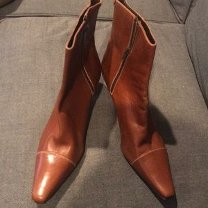 Brand NWOT Womens leather Cole Haan Booties